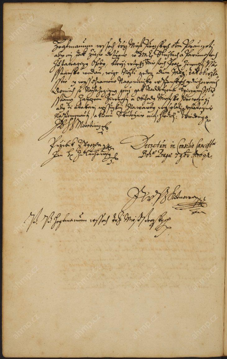 Nařízení místodržících, aby i osoby v dvorských službách, které provozují v městech pražských živnosti a jsou majiteli více než jednoho domu, stejně jako nájemníci v domech vyšších stavů (panského a duchovního), kteří se věnují živnostem a obchodu, byli povinováni tak jako měšťané měst pražských účastnit se vojenských hlídek, 7. 11. 1642, AMP, Sbírka rukopisů, rkp. 818, kniha dekretů Nového Města pražského, 1631–1644, f. 172r–172v