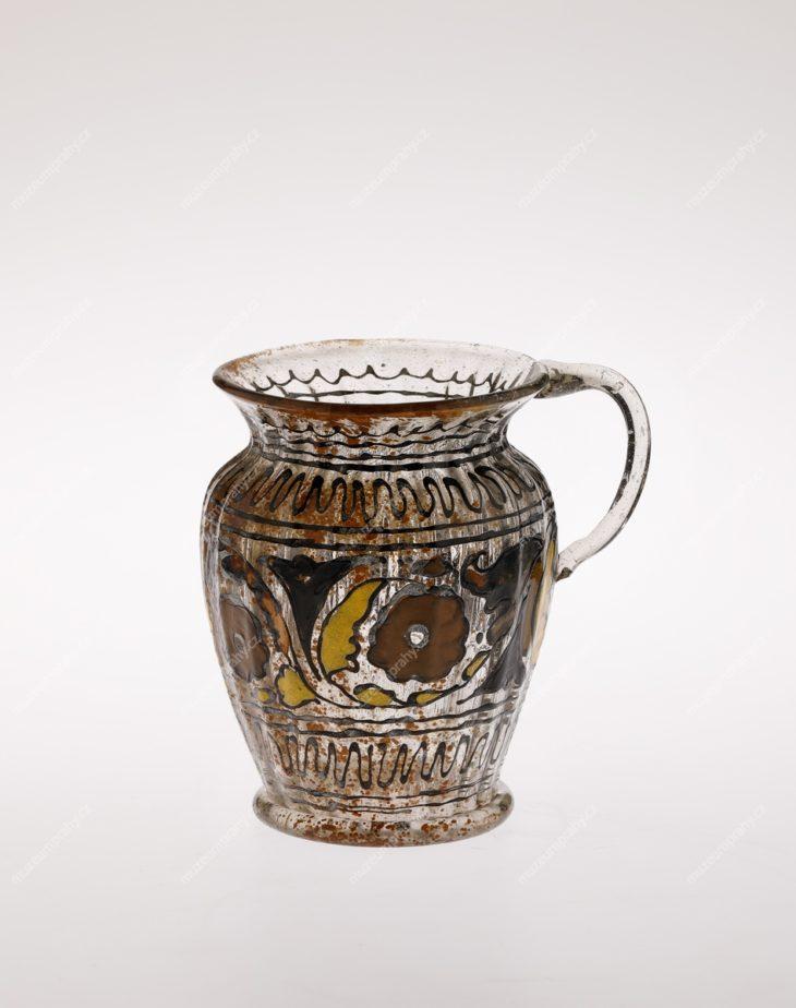 Holbička, Čechy, sklo s optickým dekorem a malbou emaily, 20. – 30. léta 17. století, MMP H 12.808