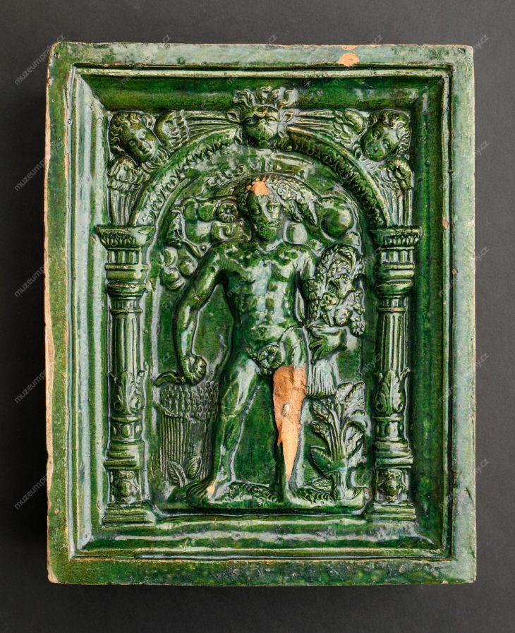 Kachel komorový rohový s alegorií Léta, Čechy, pálená hlína, glazura, počátek 17. století, MMP H 8.280/4