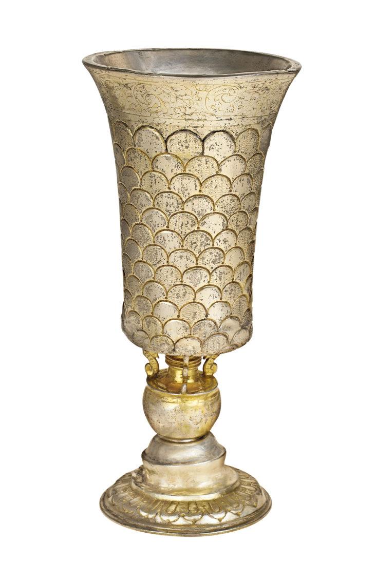 Pohár na kiduš, střední Evropa, stříbro lité, tepané, ryté, cizelované a zlacené, přelom 16. a 17. století, ŽMP 3.939
